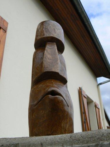 moai front face